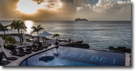 Hotel B, con vista al Caribe